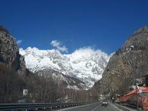 den alpina chamonix säsongen skidar Royaltyfri Fotografi