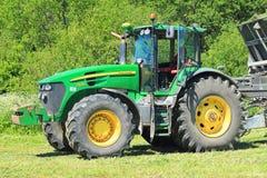 Den amerikanska John Deere 7930 traktoren Arkivbild
