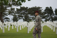 Den amerikanska militära kyrkogården nära Omaha Beach på Colleville sur Mer som historisk plats av dag D 1944 förenade landningar Fotografering för Bildbyråer