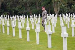 Den amerikanska militära kyrkogården nära Omaha Beach på Colleville sur Mer som historisk plats av dag D 1944 förenade landningar Royaltyfri Foto