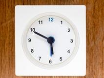 Den andra serien av följden av tid, 46/96 Arkivfoton