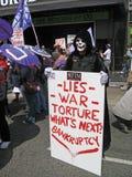 den anti demonstranten kriger Arkivbild