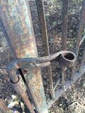 Den antika porten låser Royaltyfria Foton