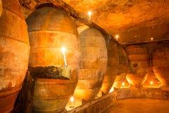 Den antika vinodlingen i Spanien med leraamfora lägger in Arkivfoton