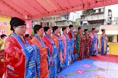 Den Aomen (macau) taoistorkesteren utför taoistmusik Royaltyfri Foto