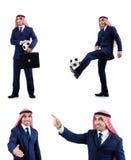 Den arabiska affärsmannen med fotboll Arkivbild