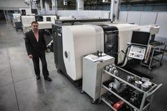 Den Armalit fabriken producerar skepparmaturen för skeppsbyggeriföretag Arkivbild