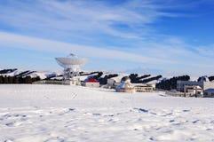 Den astronomiska observatoriet i djupen av de tianshan bergen Royaltyfria Bilder