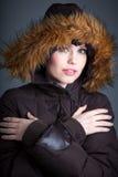 Den attraktiva caucasian flickan i hennes 30 sköt i studio Royaltyfria Foton