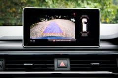 Den Audi A4 Avant 45 TFSI quattroen parkerar kameran Royaltyfria Bilder