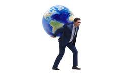 Den bärande jorden för affärsman på hans skuldror arkivfoton