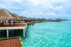 Den bästa all-inklusive Maldiverna vatten-villan tillgriper i Maldiverna Arkivbilder