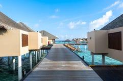 Den bästa all-inklusive Maldiverna vatten-villan tillgriper i Maldiverna Fotografering för Bildbyråer