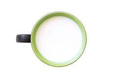 Den bästa sikten av exponeringsglas mjölkar gräsplan och vit i enkelt exponeringsglas Royaltyfria Foton