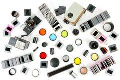 Den bästa sikten av den retro kamera- och glidbanaprojektorn med tillbehör är Arkivfoto