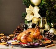 Den bakade kalkon eller chiken eller jul eller för tacksägelsedag för nytt år utrymme för text fotografering för bildbyråer