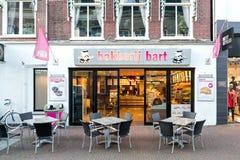 Den Bakker barten shoppar i Sneek, Nederländerna fotografering för bildbyråer