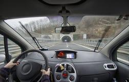 Den bakre passageraren av en bil Arkivbilder