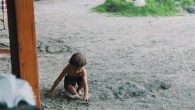 Den Bali pojken tycker om liv lager videofilmer