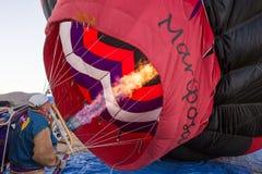 Den Ballon oben abfeuern Stockfotos