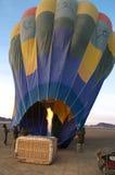 Den Ballon oben brennen Lizenzfreie Stockfotos
