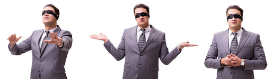 Den band för ögonen på affärsmannen som isoleras på vit arkivfoto