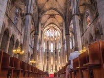 Den Barcelona kyrkan royaltyfri foto