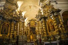 Den barocka glansen av kyrkan för St Bernard ` s i Krakow Polen fotografering för bildbyråer