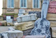 Den Beatles skulpturen på gatan i Liverpool Arkivfoton