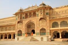 Den bedöva Ganesh Pol på Amber Fort, Jaipur, Rajasthan, Indien Fotografering för Bildbyråer
