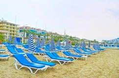 Den bekväma stranden i Alanya Arkivfoton