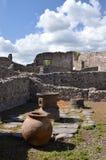 Den berömda antikviteten fördärvar av staden pompeii i sydliga Italien arkivfoton