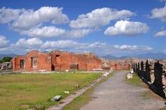 Den berömda antikviteten fördärvar av staden pompeii i sydliga Italien fotografering för bildbyråer