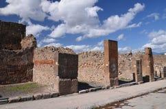 Den berömda antikviteten fördärvar av staden pompeii i sydliga Italien royaltyfri fotografi