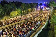 Den berömda Disneyland maraton fotografering för bildbyråer