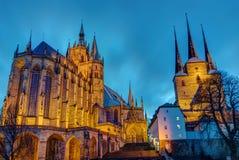 Den berömda domkyrkan och Severien kyrktar i Erfurt Royaltyfria Bilder