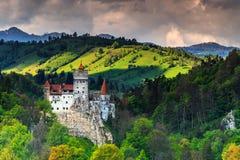 Den berömda Dracula slotten nära Brasov, kli, Transylvania, Rumänien, Europa Fotografering för Bildbyråer