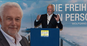 Den berömda FDP-politikern och den parlamentariska kandidaten Wolfgang Kubicki royaltyfri bild