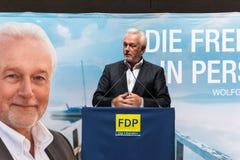 Den berömda FDP-politikern och den parlamentariska kandidaten Wolfgang Kubicki royaltyfri foto