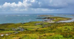 Den berömda himmelvägen nära Clifden, ståndsmässiga Galway, Irland Fotografering för Bildbyråer