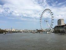Den berömda pariserhjulen, London öga, London, UK Arkivbild