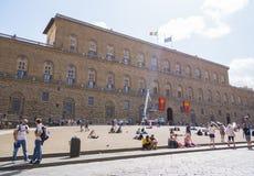 Den berömda Pitti slotten i staden av Florence kallade Palazzo Pitti - FLORENCE/ITALIEN - SEPTEMBER 12, 2017 arkivfoto
