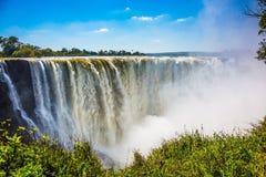 Den berömda Victoria Falls Royaltyfri Fotografi