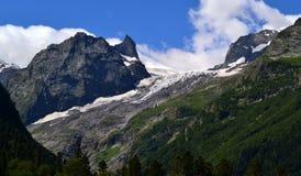 In den Bergen Dombaya Stockbild