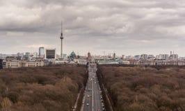 Den Berlin TV:N står hög royaltyfri foto
