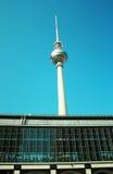den berliner fernsehturmtelevisionen turnerar Arkivfoto