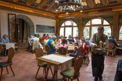 Den Birreria Forst restaurangen, Merano, södra Tyrol, Italien royaltyfri fotografi