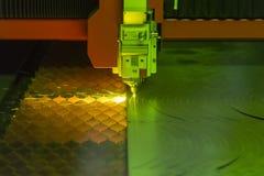 Den bitande maskinen för fiberlaser Royaltyfri Fotografi