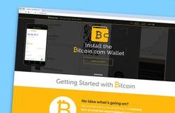 Den Bitcoin websitehomepagen på en bildskärmskärm arkivbild