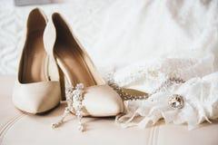 den blåa detaljblommagarteren snör åt bröllop Royaltyfri Foto